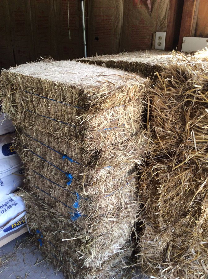 Yorktown Feed & Seed has Hay and Straw for sale